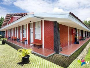 12 Hotel Penginapan dan Villa Bintang 2 Murah dan Terbaik di Lembang - Jawa Barat