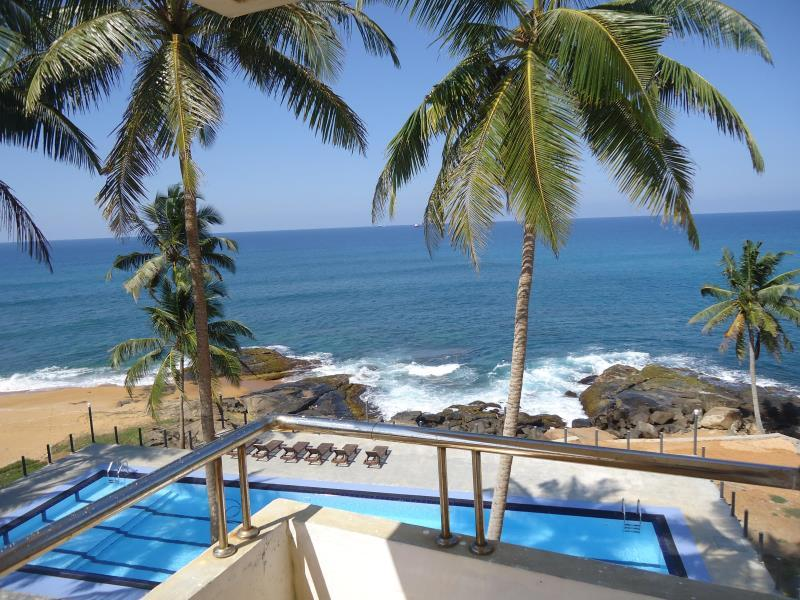 New Ocean Hill Hotel - Hotels and Accommodation in Sri Lanka, Asia