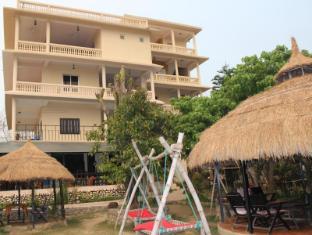 Hotel River Side Chitwan narodni park - zunanjost hotela
