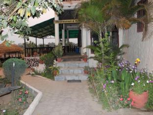 Hotel River Side Chitwan narodni park - Hrana in pijača