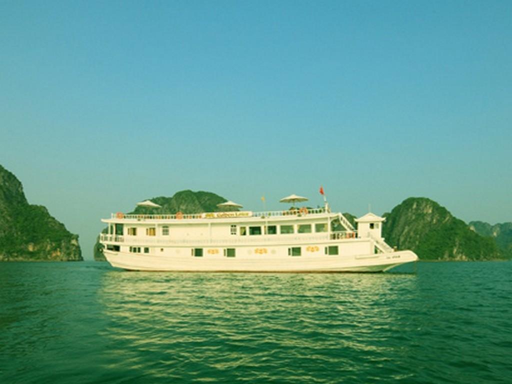 Halong Golden Lotus Junk - Hotell och Boende i Vietnam , Halong