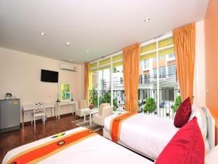 Villa Tona Phuket - Konuk Odası