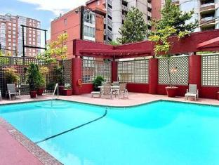 Quality Downtown Inn At False Creek Hotel Vancouver (BC) - Swimming Pool