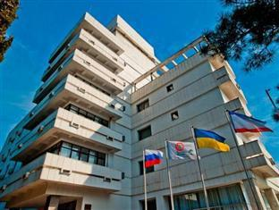 Sosnovaya Roscha Resort Hotel