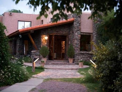 Lares De Chacras - Hotels and Accommodation in Argentina, South America