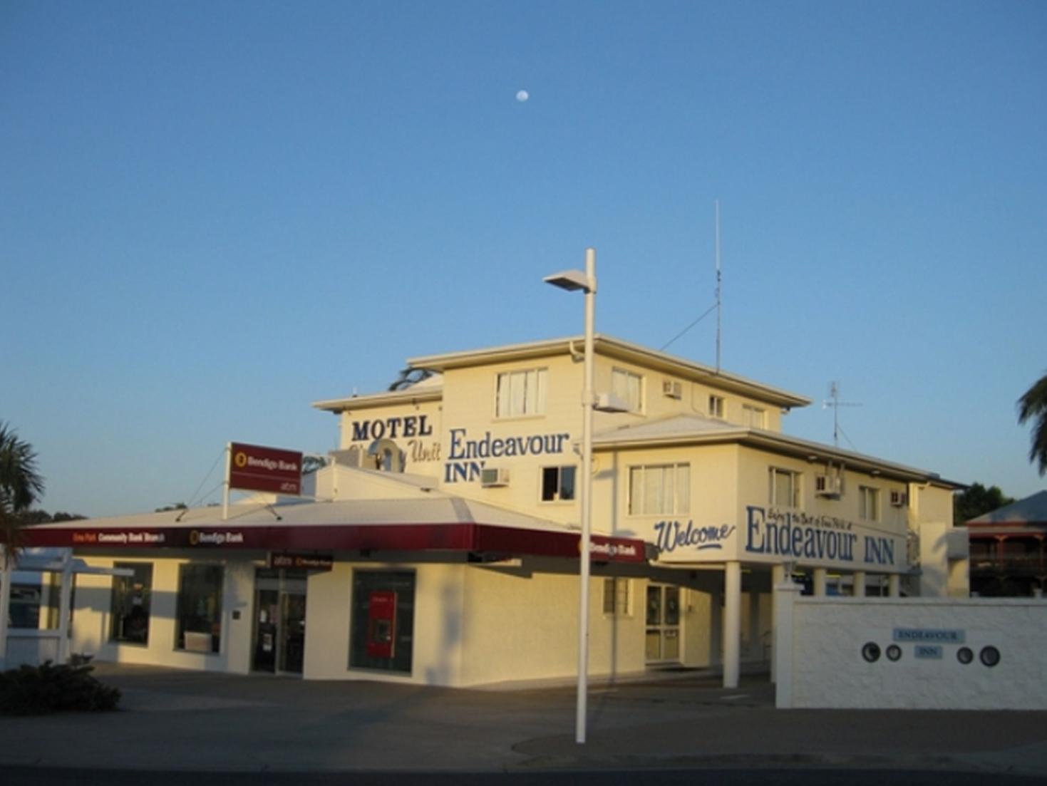 Endeavour Inn Emu Park - Hotell och Boende i Australien , Yeppoon