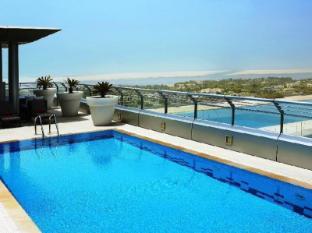 Centro Capital Centre Hotel Abu Dhabi - Swimming Pool