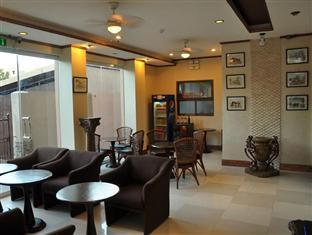New Era Pension Inn Cebu Cebu - Hotellet indefra