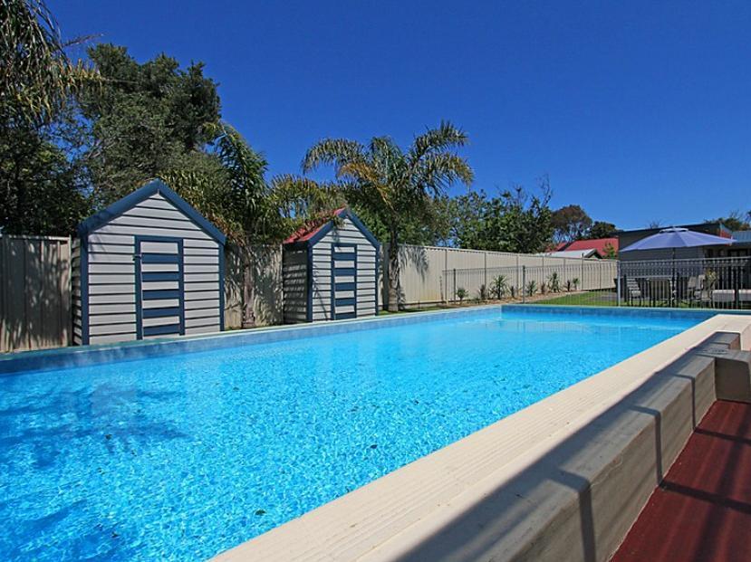 Rosebud Motel - Hotell och Boende i Australien , Mornington Peninsula