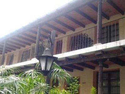 Hotel Las Farolas - Hotels and Accommodation in Guatemala, Central America And Caribbean