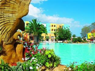 Caribbean World Beach and Garden Hotel