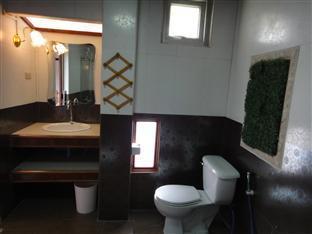 แก้วคูณ รีสอร์ท  หนองคาย - ห้องน้ำ