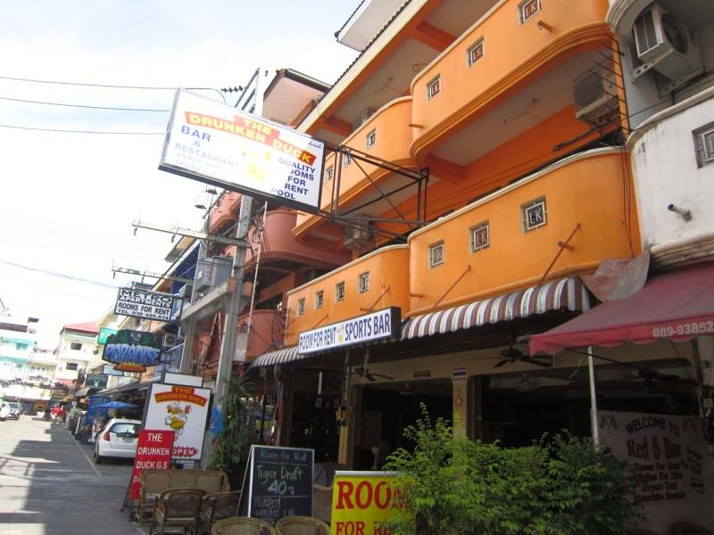 Drunken Duck Guesthouse - Hotels and Accommodation in Thailand, Asia