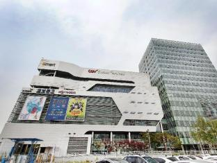 Cloud 9 Serviced Residence Seoul - Surroundings