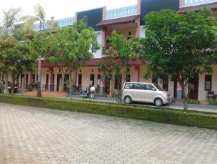 Astro Hotel Purwokerto picture