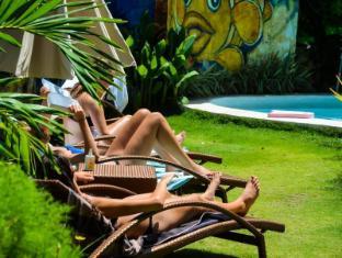 Vanilla Sky Resort בוהול - בריכת שחיה