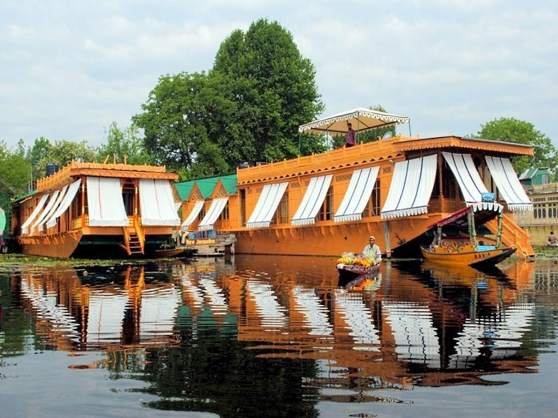 New Jacquline Heritage Houseboats - Srinagar