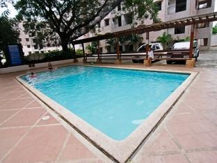 SDR Serviced Apartments Cebu - Uszoda