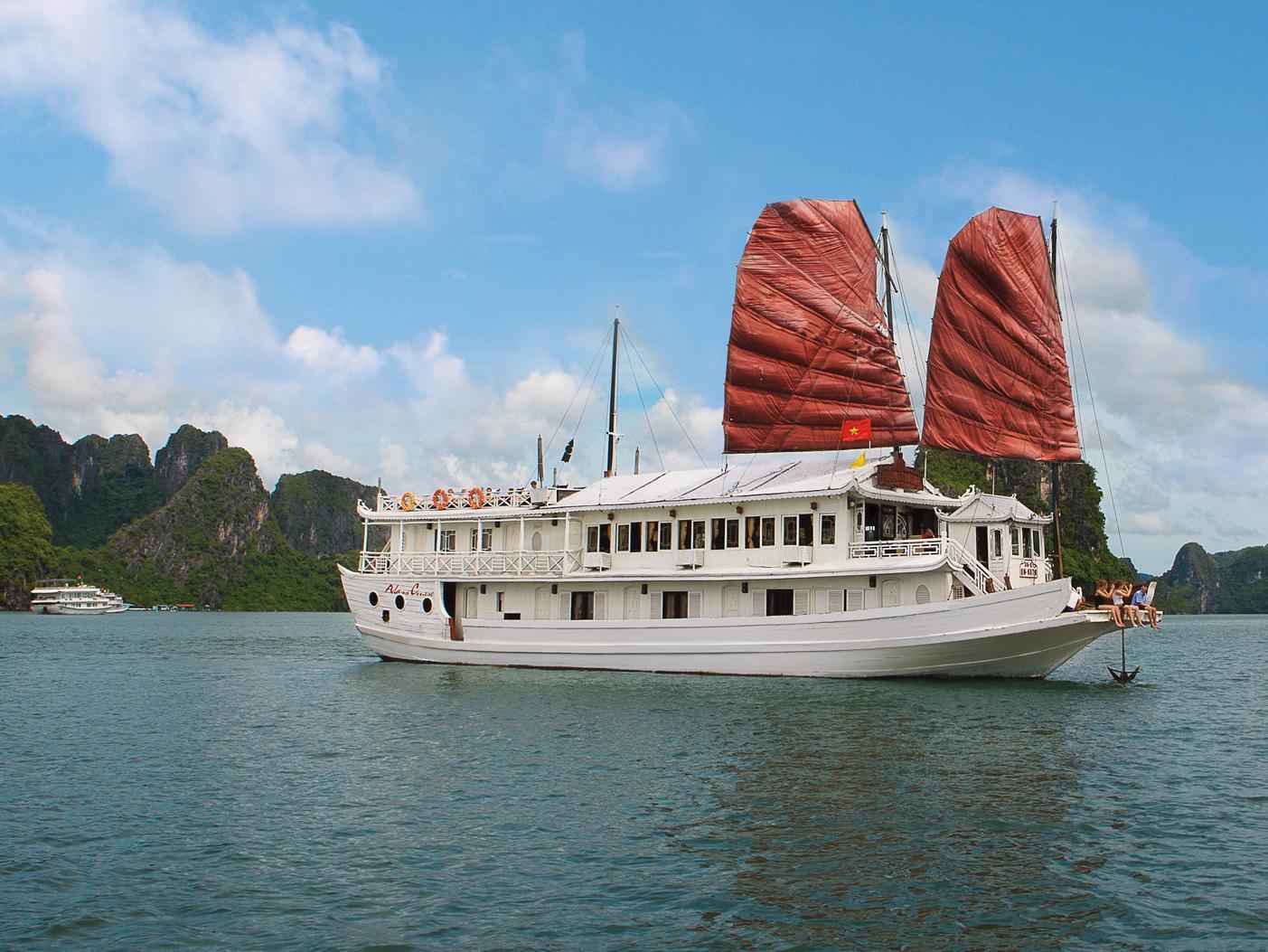 Aclass Cruise Halong - Hotell och Boende i Vietnam , Halong