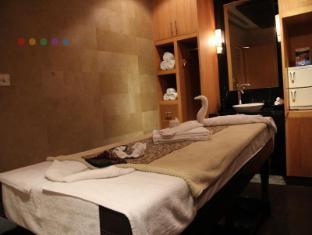 Radisson Blu Marina Hotel Connaught Place New Delhi and NCR - Spa