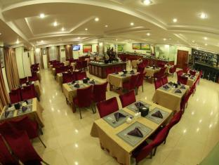 Best Western Green Hill Hotel Yangon - Food, drink and entertainment