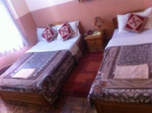 Kathmandu Peace Guest House Kathmandu - Deluxe double room