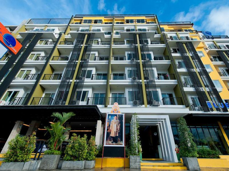 Blue Sky Patong Hotel פוקט