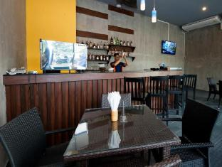Blue Sky Patong Hotel Phuket - Silom Coffeeshop