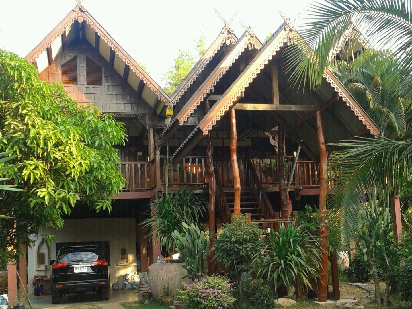 Thai House-Isaan Guesthouse - Mukdahan