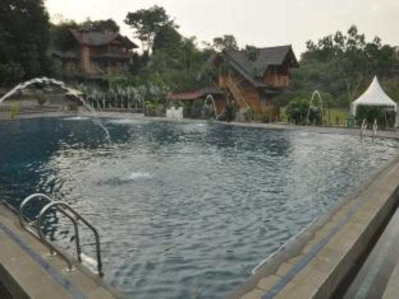 Saung Dolken Resort Bogor - Hotels and Accommodation in Indonesia, Asia