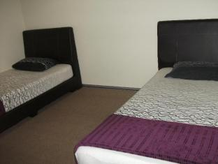 Simple Stay Motel Ipoh - Twin Share