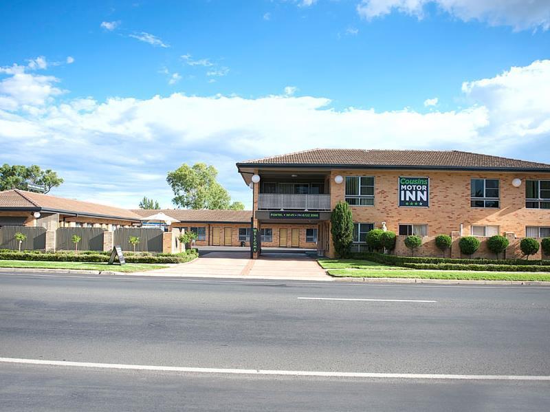 Cousins Motor Inn - Hotell och Boende i Australien , Inverell