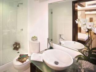 88 Hotels & Serviced Apartments Hong Kong - Studio and 1 Bedroom Suite Bathroom