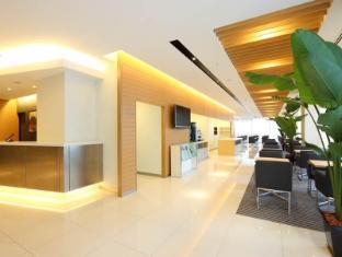 Hotel Tokyu Bizfort Hakata Fukuoka - Reception