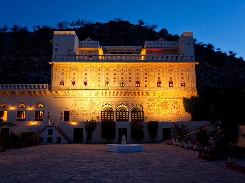 Hotel Castle Kalwar - Jaipur