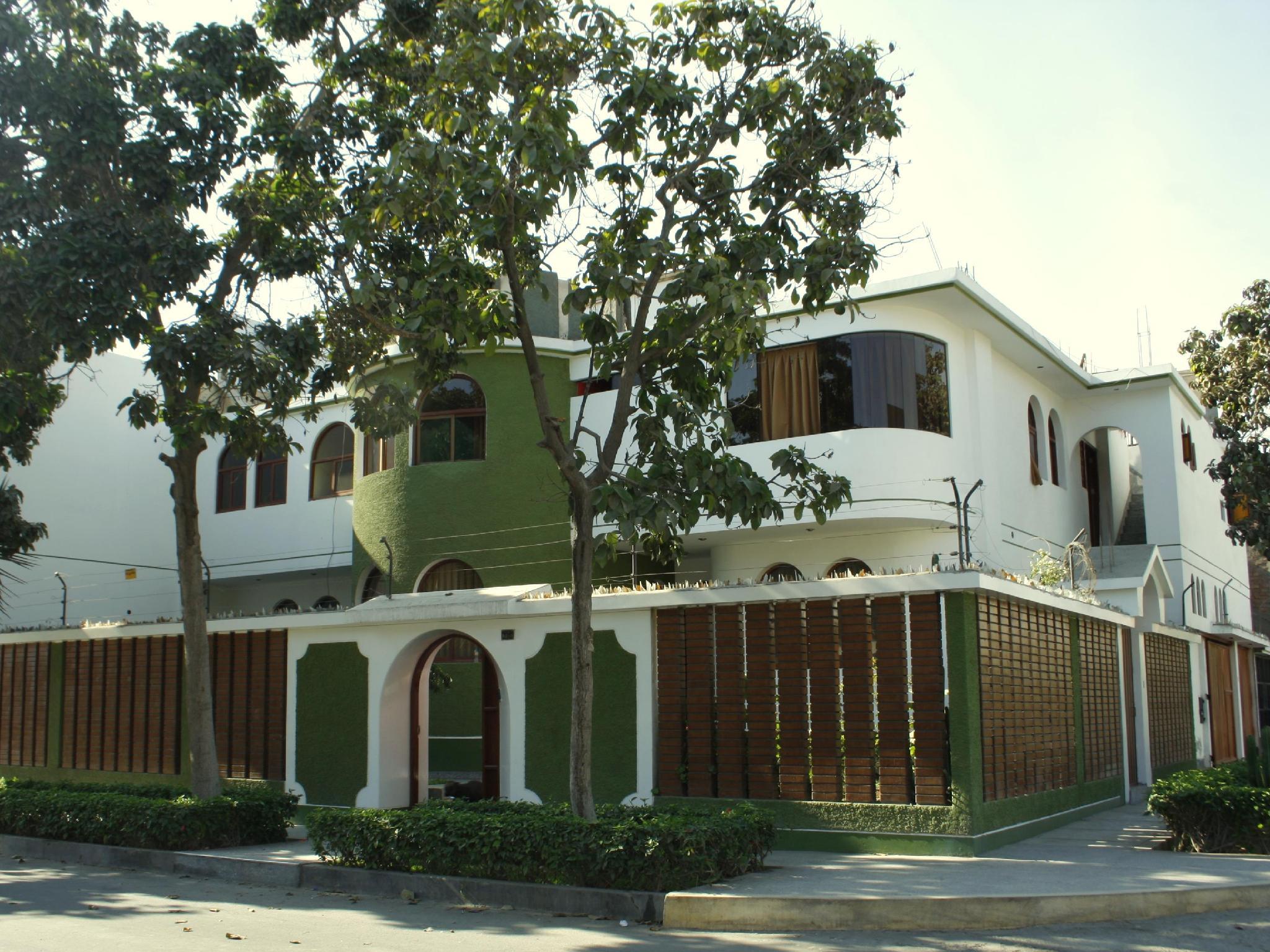 Lynik La Casa de Blanca B&B