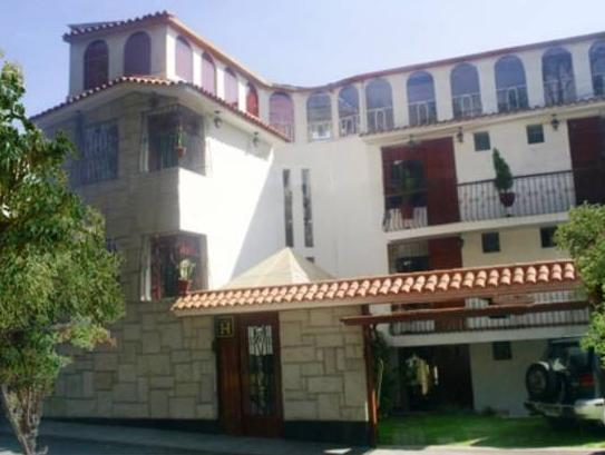 Hotel Benavides - Hotels and Accommodation in Peru, South America