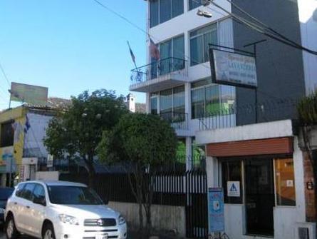 Hotel Mitad del Mundo - Hotels and Accommodation in Ecuador, South America