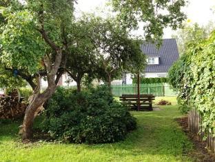 メレヴァイク アパートメント パルヌ - ガーデン