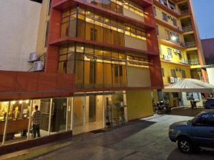 M Citi Suites Cebu - Hotel z zewnątrz