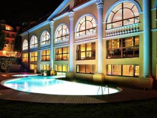 Royal Promenad Hotel
