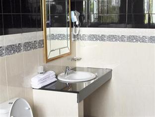 Hotel Stargazer Colombo - Standard Bathroom
