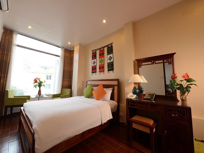 Silver Moon Lakeview - Hotell och Boende i Vietnam , Hanoi