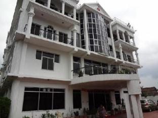 MANAKI HOTEL