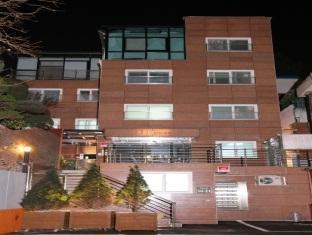 JJ House Myeongdong Seoul - Hotel Exterior