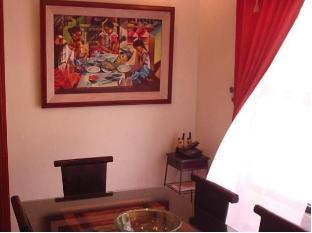 Rodellos Bed & Breakfast Manila - Interior