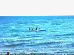 Villa del Mare Dumaguete - Fisherman on the sea