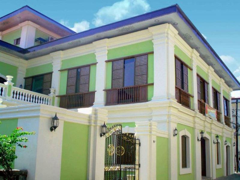 Hotel Salcedo de Vigan ויגאן