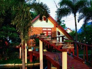 Pornsangjaroensub Resort 伯恩桑哈罗恩苏布度假村