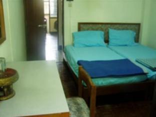 Ben Guesthouse & Restaurant Чианг Май - Стая за гости